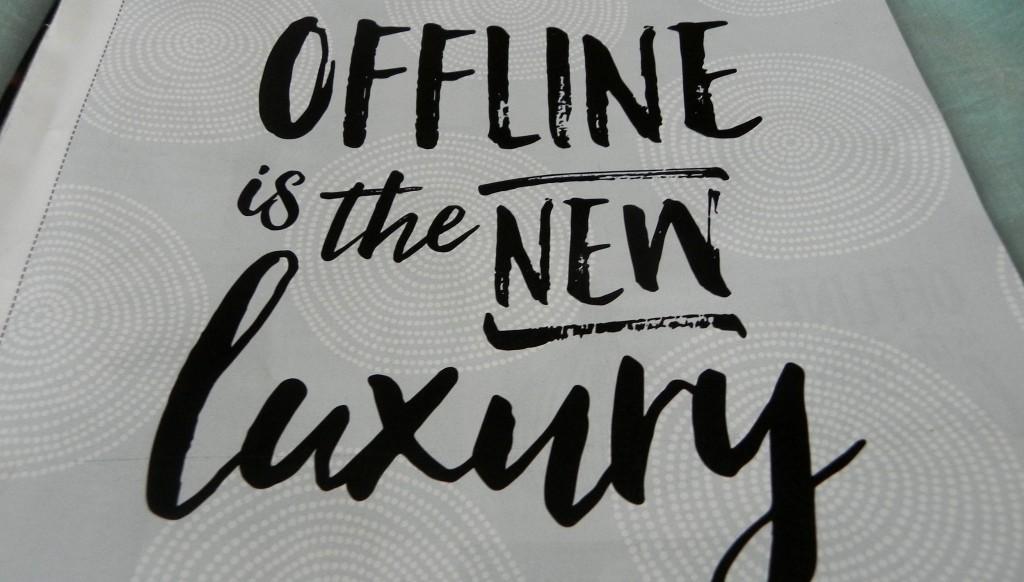 anti, social media, offline, twitter, facebook, lifestyle, blog, la log