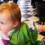 Mijn dreumes voor het eerst naar de kapper…