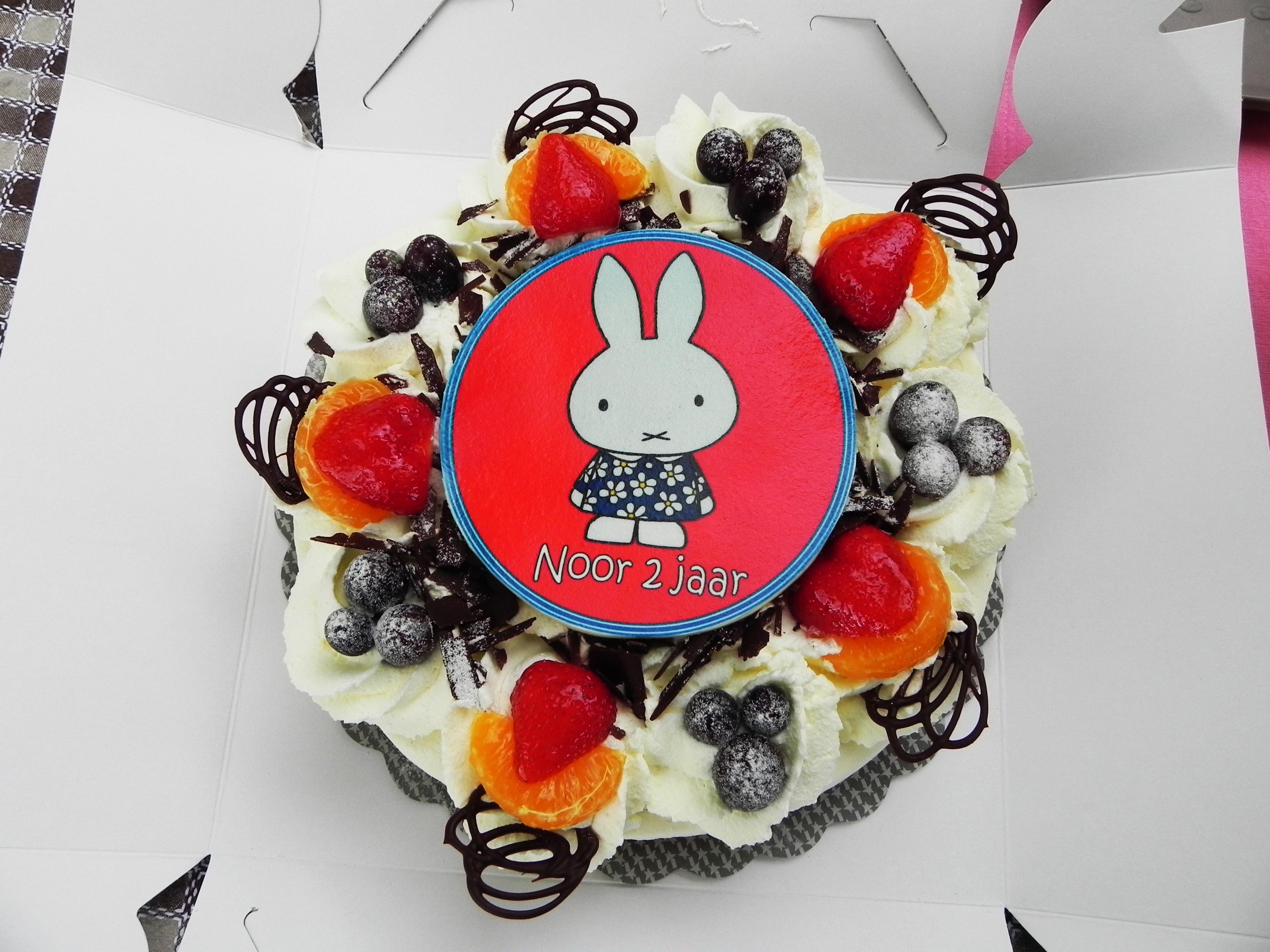 peuter, verjaardag, kind twee jaar, traktatie peuter, mamablog, lifestyle blog, La Log