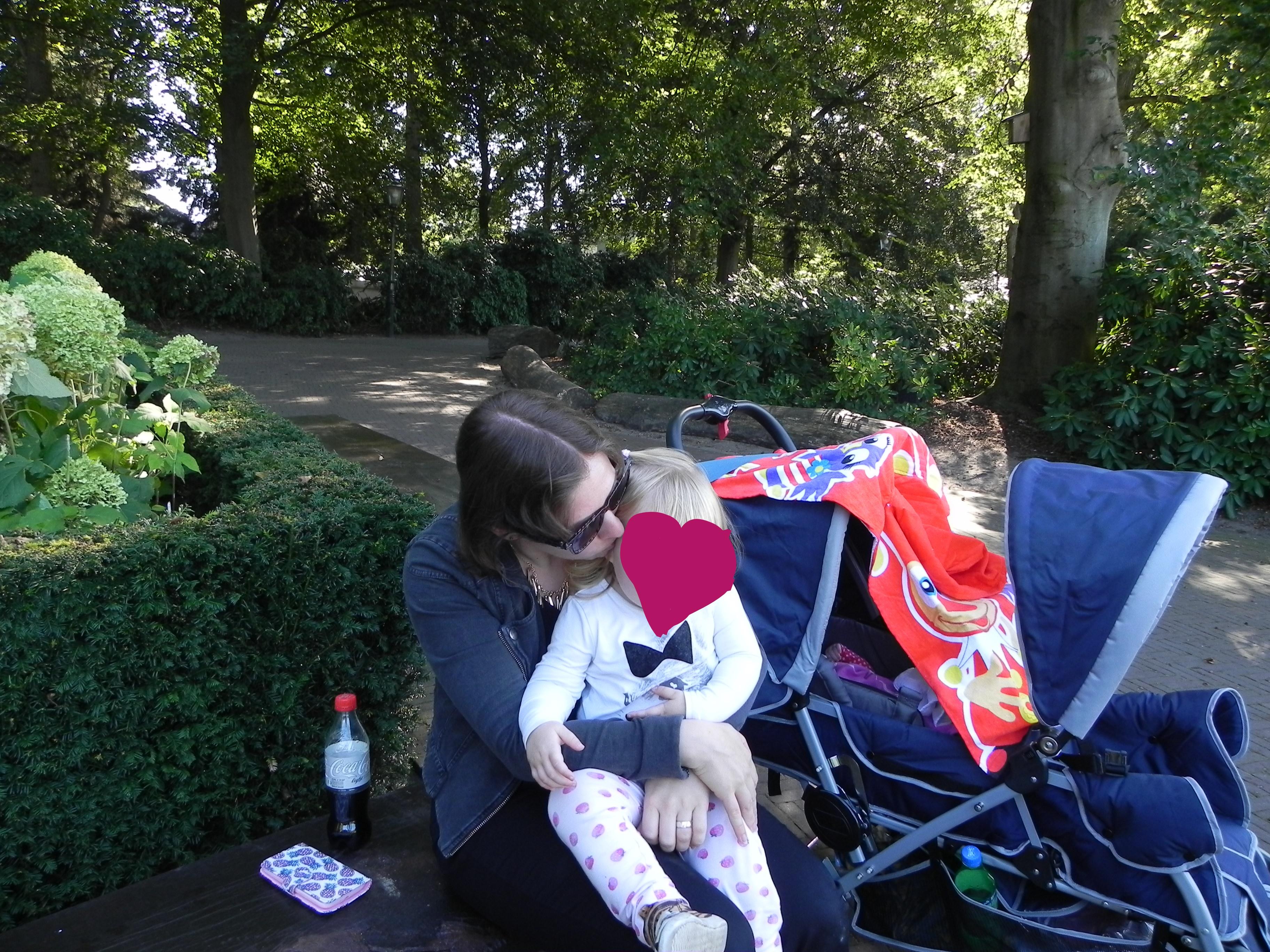 mama van 2 meiden, mama, blog, kinderen, meisjes, peuter, baby, mamablog, lifestyleblog, La Log