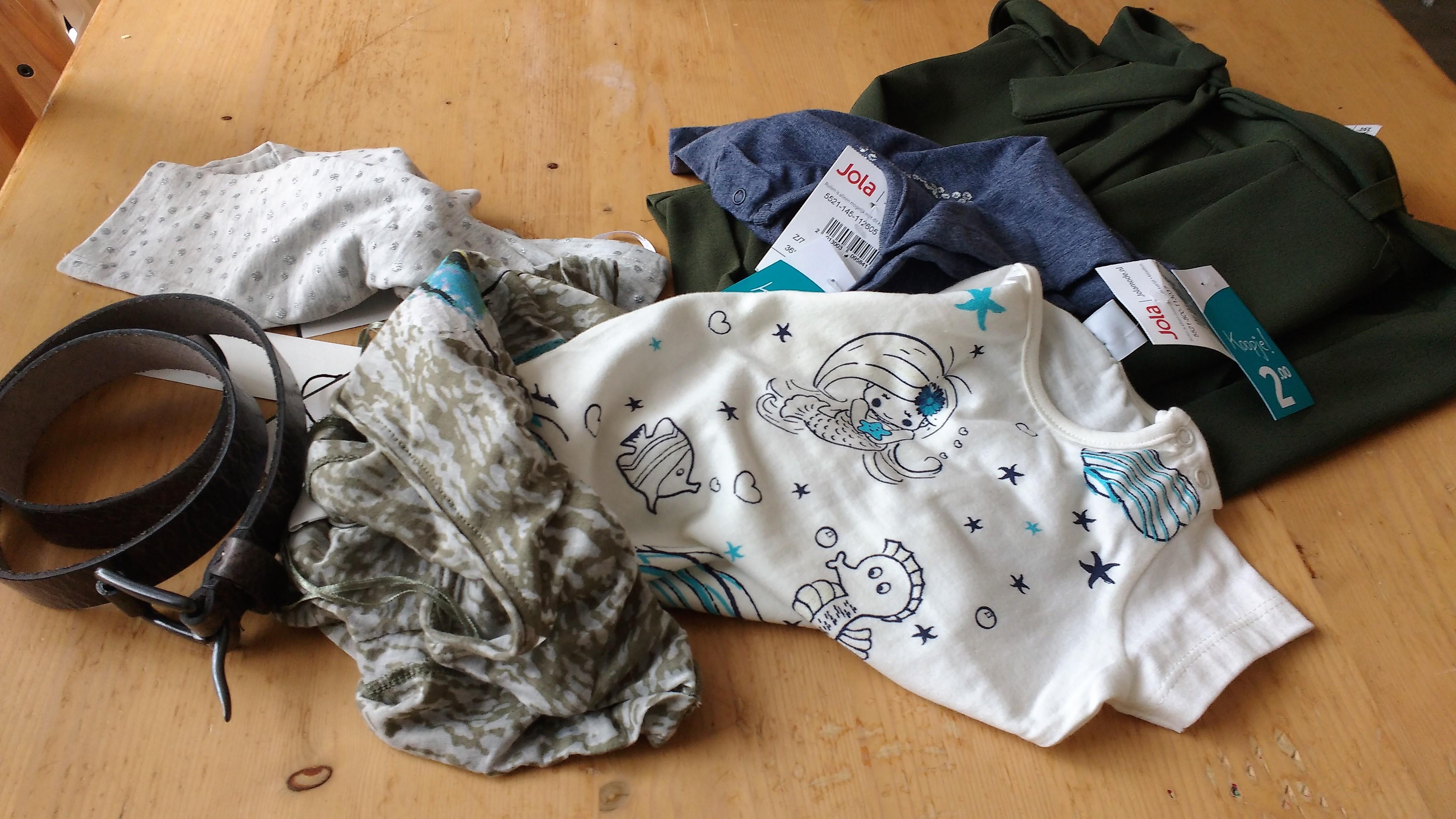shoplog, Zeeman, Hema, Jola, kinderkleding, budget, winkelen, blog, mamablog, mama-lifestyle blog, La Log
