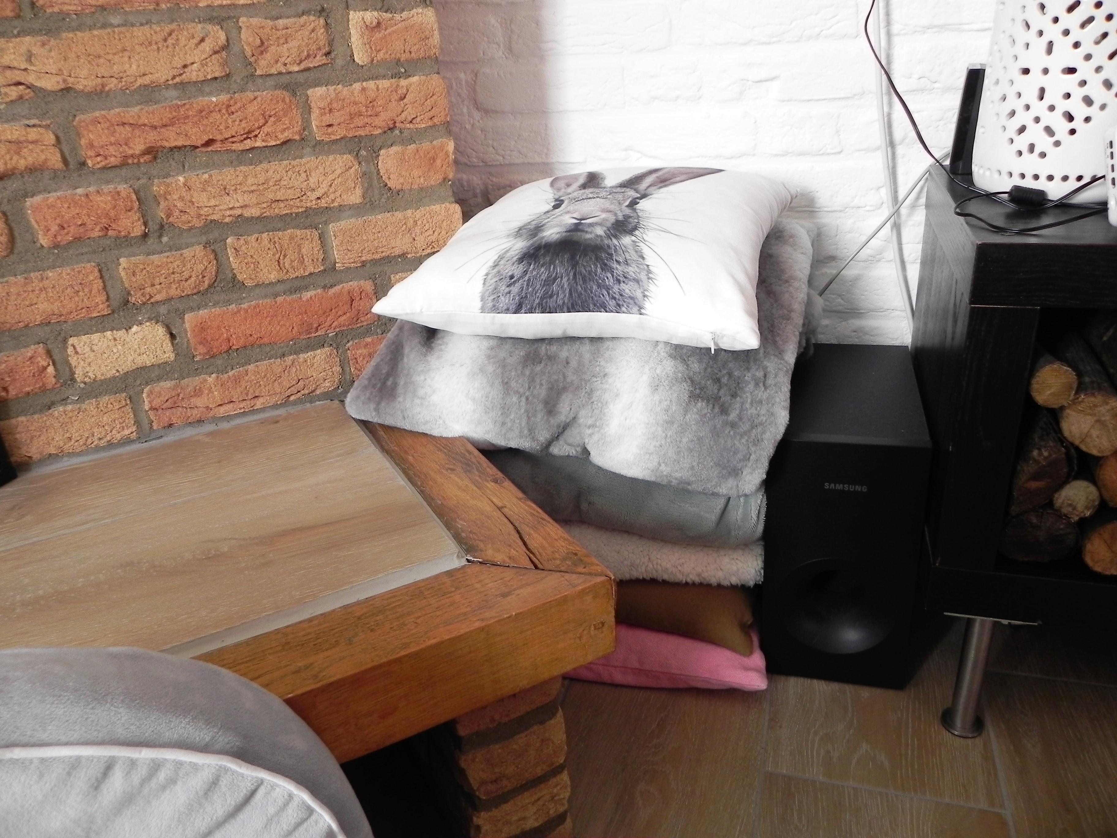 woondeken, plaid, wonen, woonkamer, interieur, binnenkijken, home, blog, woonblog, dekbeddiscounter.nl, mamablog, mamalifestyle blog, La Log.nl
