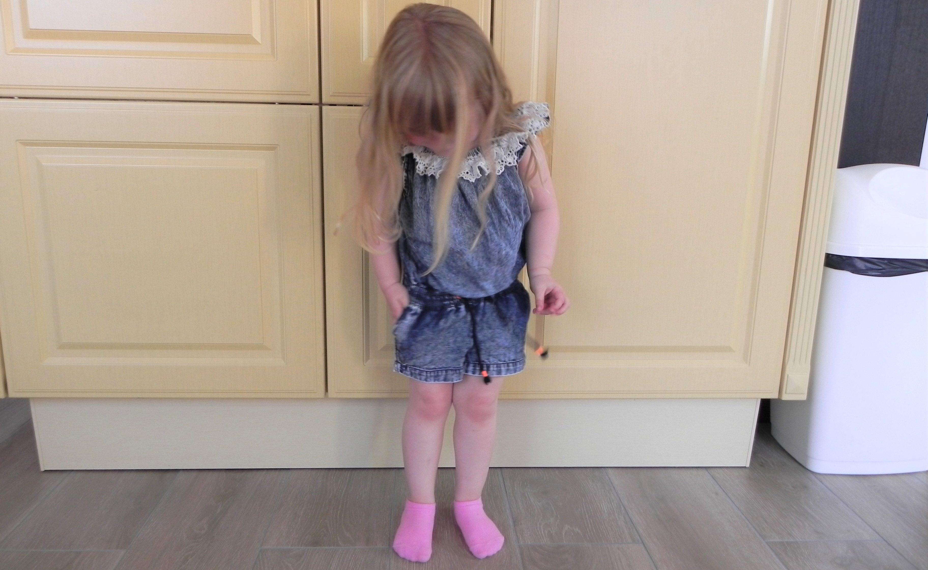 Vingino, kinderkleding, meisjeskleding, meisjesoutfit, kids jeans, kinder outfits, zomerkleren meisjes, blog Vingino, mamablog, lifestyleblog, mamalifestyleblog, la log, lalog.nl