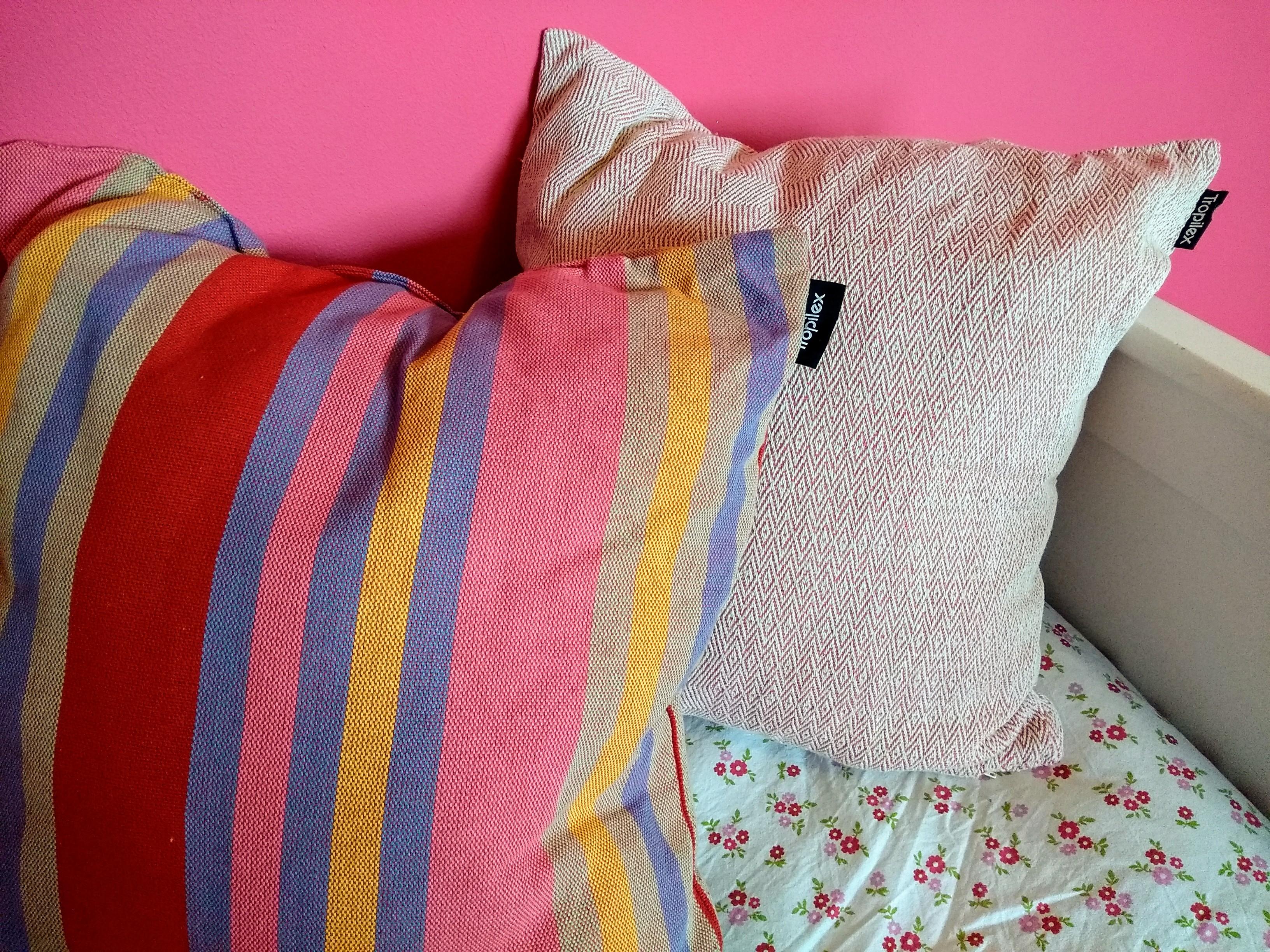 interieur, kinderkamer, tropilex, kussens, kinderkamers, nieuwe kamers, klussen, verbouwen, mamablog, mamalifestyle, lalog.nl