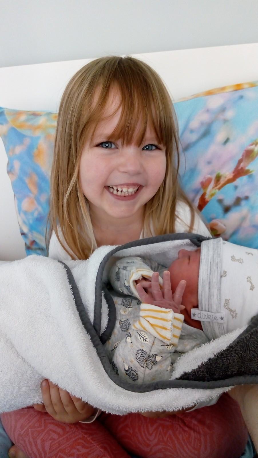 kraamweek, kraamtijd, bevallen, geboren, new-born, baby, mama, mamablog, gezin, momlife, lalog, mamalifestyle, lalogblog, lalog.nl