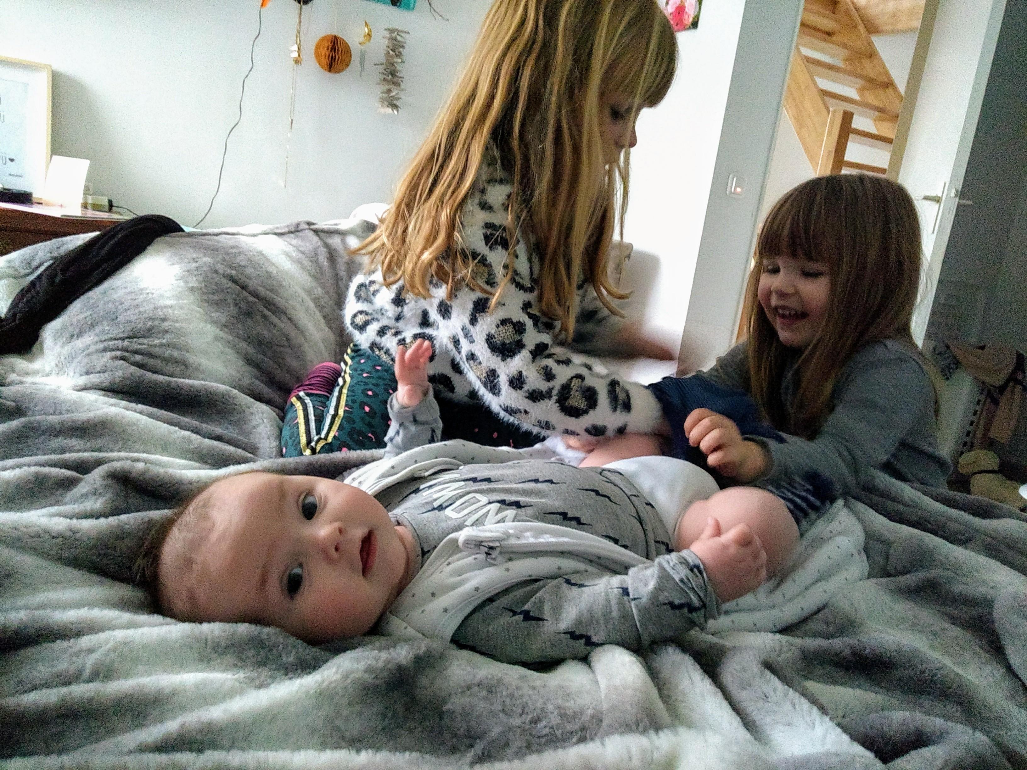 chaos, moederschap, gezin, drie kinderen, momlife, mamalifestyle, mamablog, momblog, gezin van vijf, lalog.nl, lalogblog, lalog