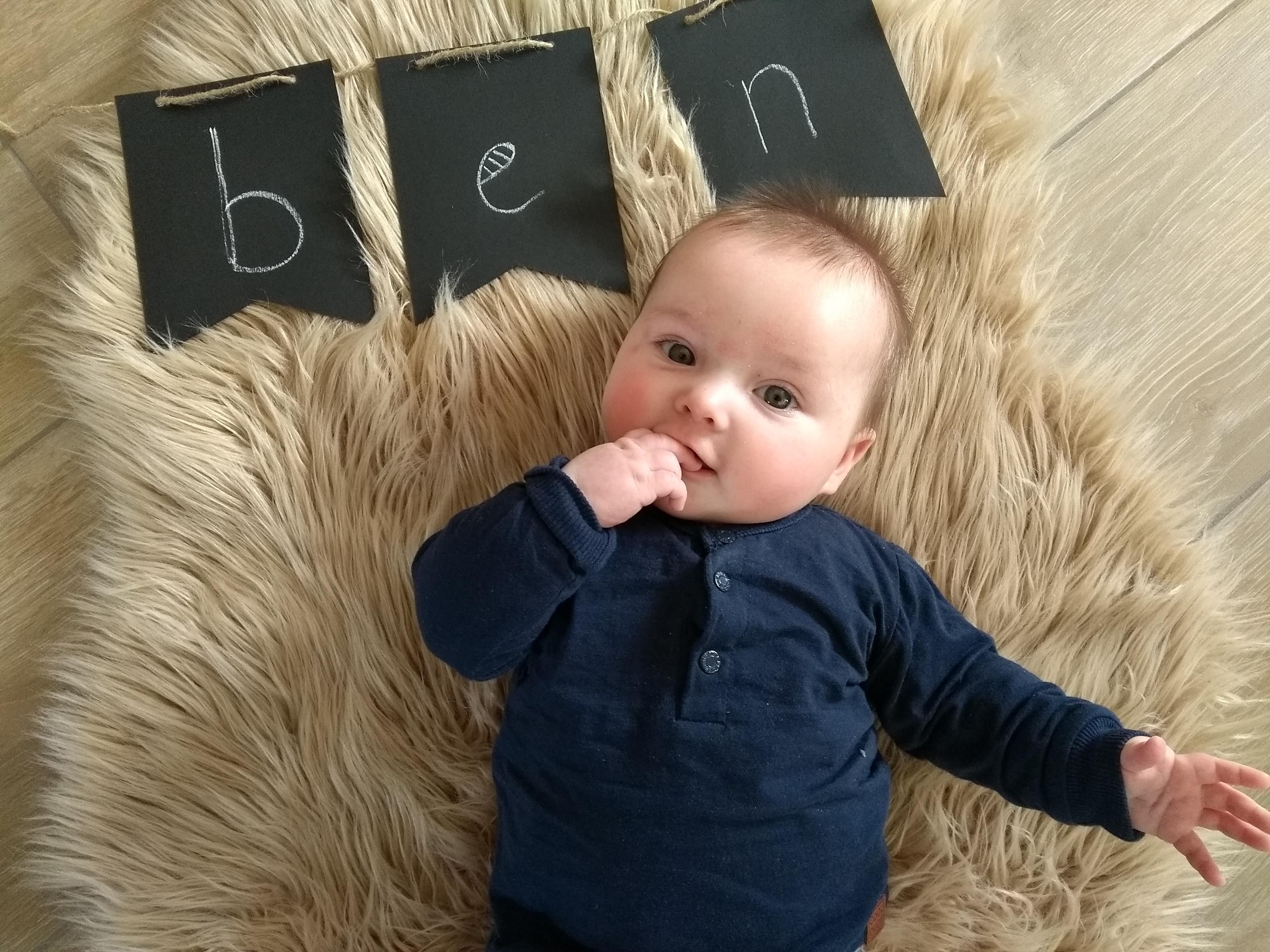 newborn, baby, mamablog, baby 4 maanden, baby 16 weken, mamalifestyle, mama van drie, gezin, blog, mamalifestyle blog, lalog, lalogblog, lalog.nl