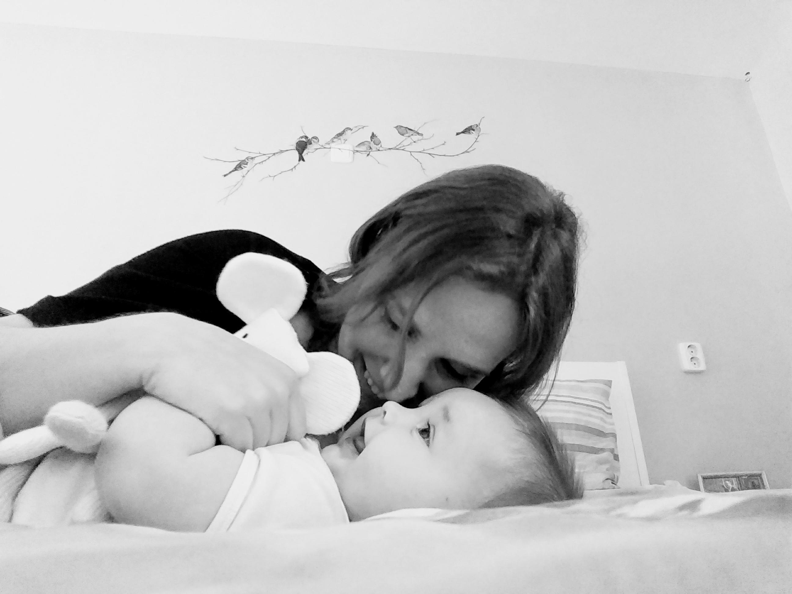 baby, peuter, kleuter, aandacht verdelen, moeder van drie, drie kinderen, gezin, moederschap, mamablog, blog, lalog, lalog.nl, lalogblog