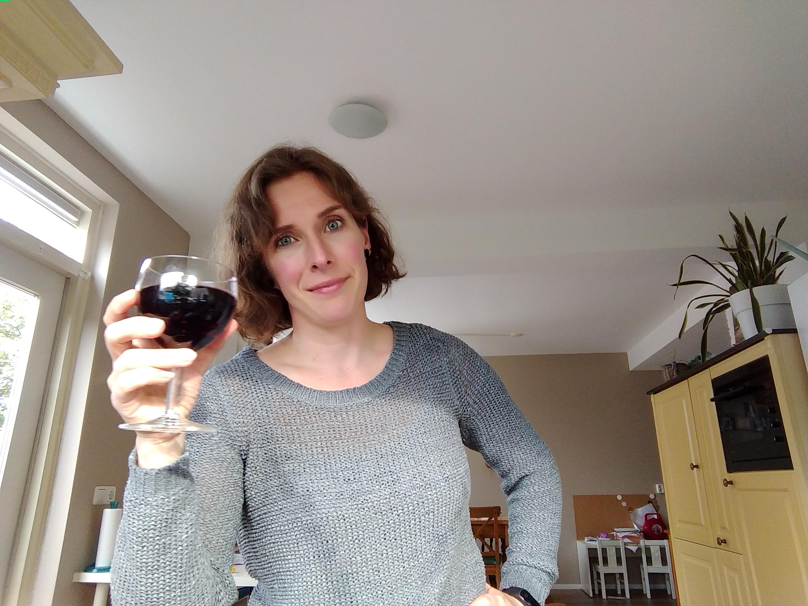 op je bek gaan, twijfelen, keuzes, personal, blog, mamablog, mamalifestyle blog, persoonlijke ontwikkeling, lalogblog, lalog.nl, rode wijn, proost, wijn drinken