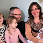 De eerste weken als gezin van vijf