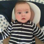 Kleine Ben vijf maanden. Daar zijn de babyhapjes hoor!